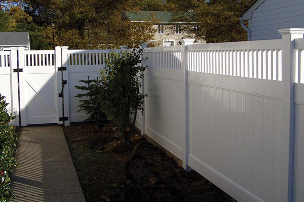 Privacy Fence, Delaware, Sussex Fence, Forest Fence, Nanticoke fence